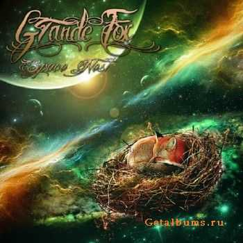 Grande Fox - Space Nest (2016)